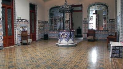 Hall central del Castillo Monserrat